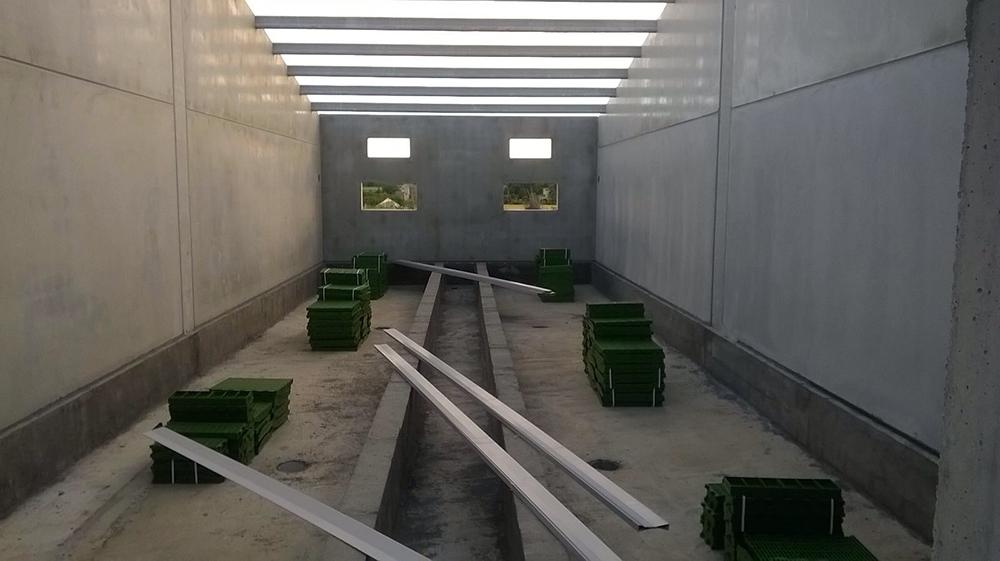 Instalación suelos parideras.